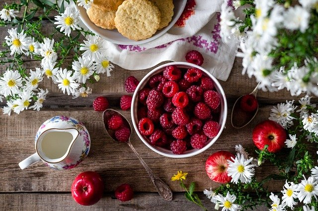 Daftar Makanan Ibu Menyusui Yang Terbaik dan Teraman