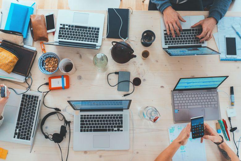 Apa Itu Instant Messaging Marketing dan Bagaimana Metode Ini Mengalahkan Email Marketing